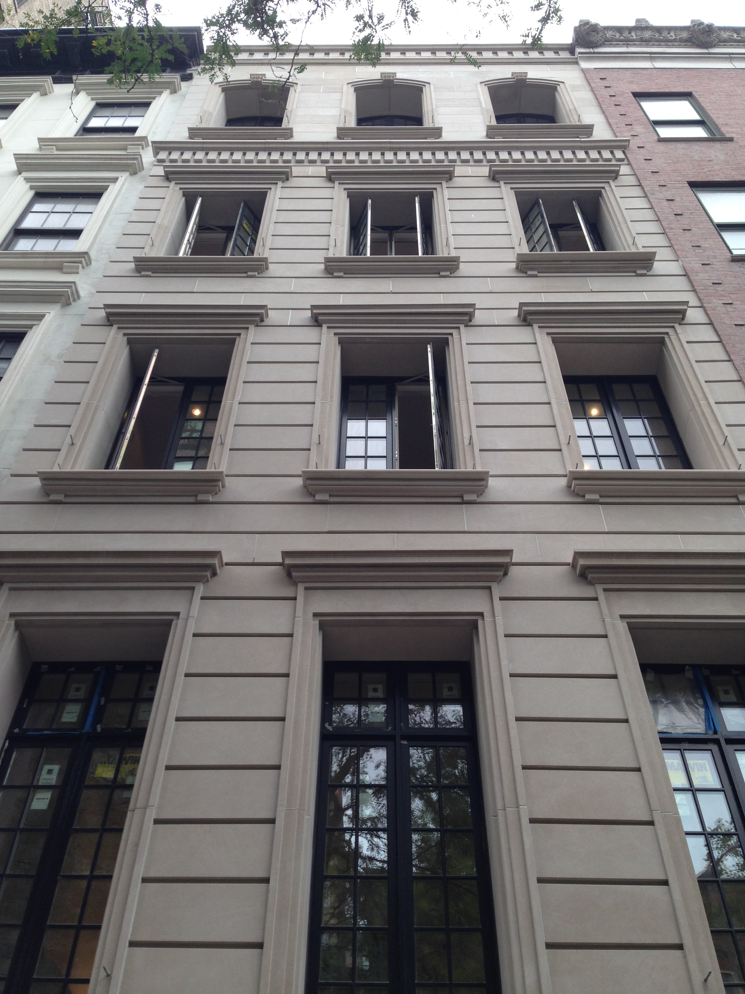 Limestone townhouse upper east side ny architectural for Upper east side townhouses